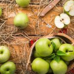 Bake fresh with apples