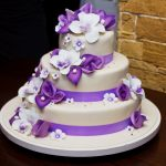 Purple & White Flower Wedding cake